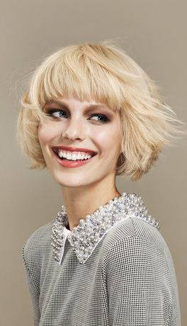 dunkle haare blond färben friseur